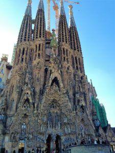 Sagrada Familia façade nativité